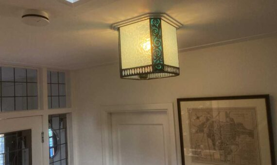 gebranschilderde glas in lood lamp